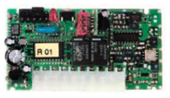 Встраиваемый приемник FLOXI2R с частотой 433,92 МГц и динамическим кодом с типом кодирования FLOR. Для блоков управления с разъемом Nice.