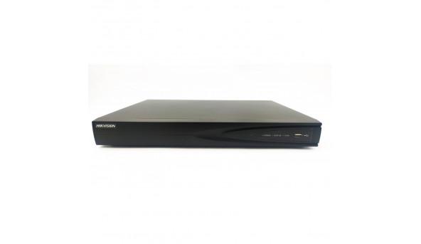Видеорегистратор 8-х канальный HIKVISION DS-7608NI-E2/8P(С витрины,Уценка)