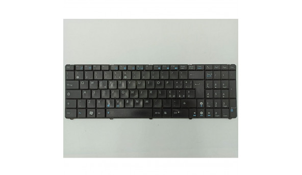 """Клавіатура для ноутбука Asus F52, F52A, F52J, F52Q, F52S, F90, 15.6"""", б/в. В хорошому стані, без пошкоджень. Клавіатура тестована, робоча."""