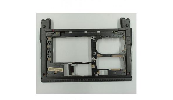 """Нижня частина корпуса для ноутбука Packard Bell PAV80, 10.1"""", ap0fc000300, б/в. В хорошому стані, без пошкодженнь."""