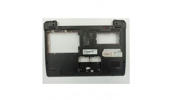 """Нижня частина корпуса для ноутбука Packard Bell ZA3, 11.6"""", zye38za5batn200, б/в. З правого боку зламане одне кріплення"""