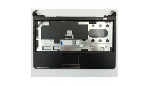 """Середня частина корпуса для ноутбука Packard Bell ZA3, 11.6"""", eaza5001010, б/в. Одне кріплення має тріщинки"""