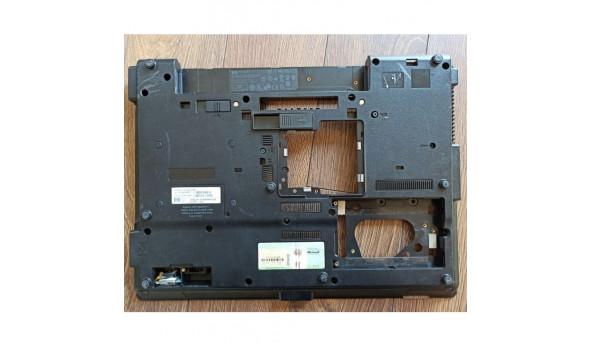 """Нижня частина корпуса для ноутбука HP Compaq 6735b, 15.4"""", 6070b0256401, 487141-001, б/в. В хорошому стані, без пошкодженнь."""