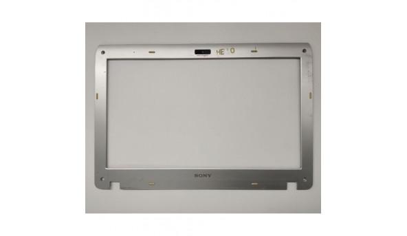 Рамка матриці для ноутбука Sony VAIO PCG-31311M, 41.4KK01.012-1, б/в. Зламані заглушки, та одне кріплення, є подряпини