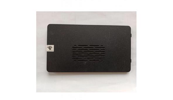 Сервісна кришка для ноутбука Dell Inspiron M5010, N5010, cn-01fc39, 60.4HH09.001, б/в, в хорошому стані, без пошкодженнь.
