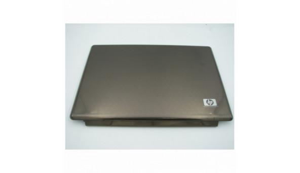 """Кришка матриці для ноутбука HP Pavilion dv7, dv7-1000, 17.0"""", AP03W001100, б/в. Кріплення цілі, має декілька подряпин"""