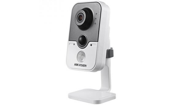 Камера відеоспостереження Hikvision DS-2CD2412F-IW
