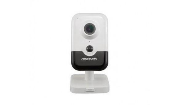 6Мп IP видеокамера Hikvision c детектором лиц и Smart функциями