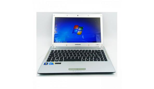 Компактний, зручний Ноутбук Samsung Q330 (NP-Q330-JS01UA), Intel I3 380M, 4gb, 320gb, Nvidia Geforce 310M, 13.3 (1366x768)