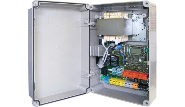 Панель управления BFT THALIA P с дисплеем 24 В для распашных ворот.