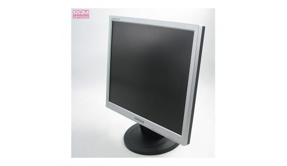 """Монітор Samsung SyncMaster 720N, 17.0"""", TN, 1280 x 1024, 5:4, 600:1, 12ms, 160/160, VGA (D-Sub), Б/В"""